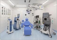 クリーンな手術室で安全性の高い医療を